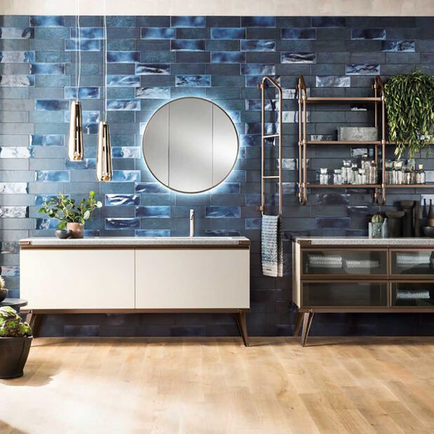"""<div class=""""module-8__title""""><div class=""""pd-heading__container"""">             <h3 class=""""pd-heading pd-h3-style pd-text-align-left pd-heading-small""""  style='' >          Download the bath catalog     </h3> </div><div class=""""pd-icon"""">                                        <style>             #icon-arrow-cta-6a3ee227e470f267c3e265b382{                 fill:;             }             </style>                  <svg id=""""icon-arrow-cta-6a3ee227e470f267c3e265b382"""" class=""""icon-arrow-cta"""">             <use xlink:href=""""/on/demandware.static/Sites-DieselES-Site/-/default/dwcdc034dd/imgs/sprite.svg#arrow-cta""""/>         </svg>         </div></div>"""
