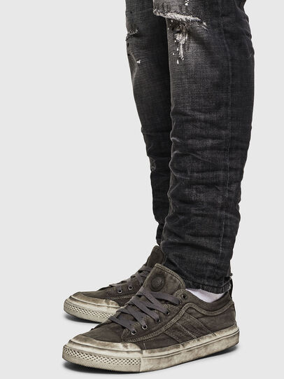 Diesel - S-ASTICO LOW LACE, Gris oscuro - Sneakers - Image 5