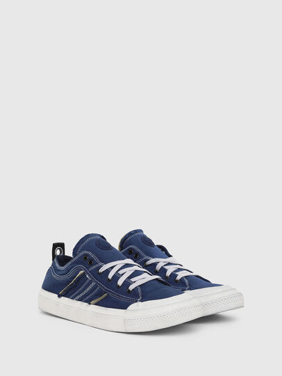 Diesel - S-ASTICO LOW LACE, Azul - Sneakers - Image 2