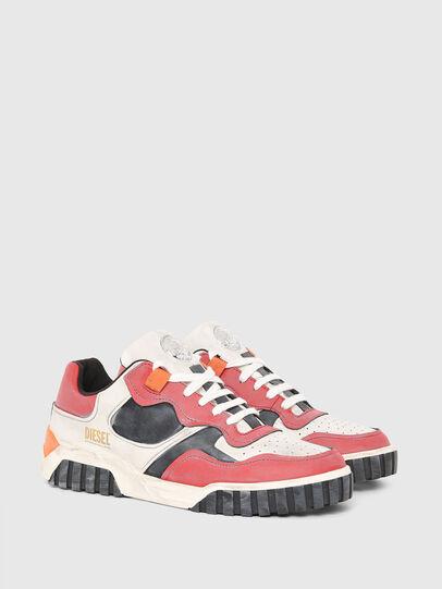Diesel - S-RUA LOW SK, Blanco/Rojo - Sneakers - Image 2