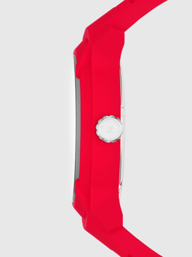 DZ1820, Rojo