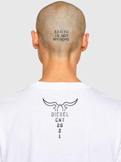 Diesel - CL-T-JUST-O, Blanco - Camisetas - Image 5