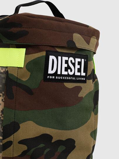 Diesel - PIEVE, Verde Camuflaje - Mochilas - Image 4
