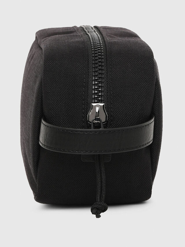 F-URBHANITY POUCH, Negro