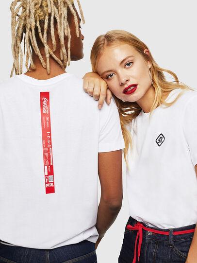 Diesel - CC-T-DIEGO-COLA, Blanco - Camisetas - Image 6