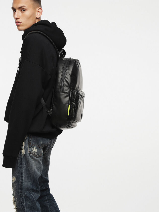 Diesel - F-DISCOVER BACK, Negro - Mochilas - Image 6