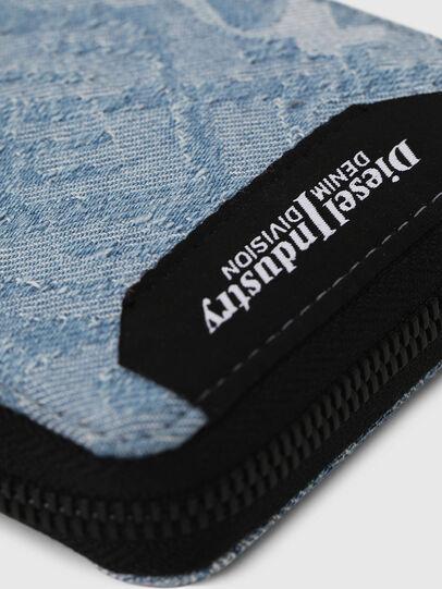 Diesel - ZIPPY HIRESH S, Blue Jeans - Carteras Con Cremallera - Image 4