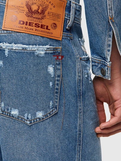Diesel - D-WILLOH-X, Azul Claro - Shorts - Image 3