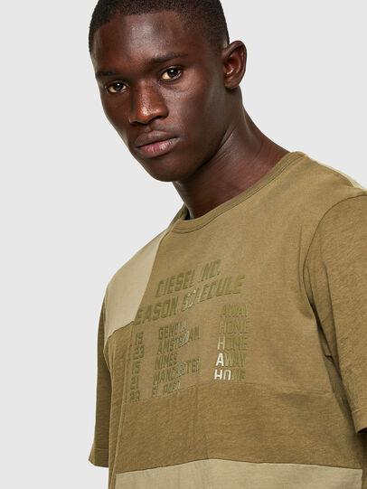 Diesel - T-ATCHWORK, Verde Militar - Camisetas - Image 3