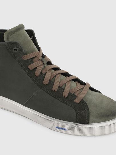Diesel - S-MYDORI MC, Verde Militar - Sneakers - Image 4