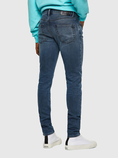 Diesel - D-Strukt JoggJeans® 069VH, Azul medio - Vaqueros - Image 2