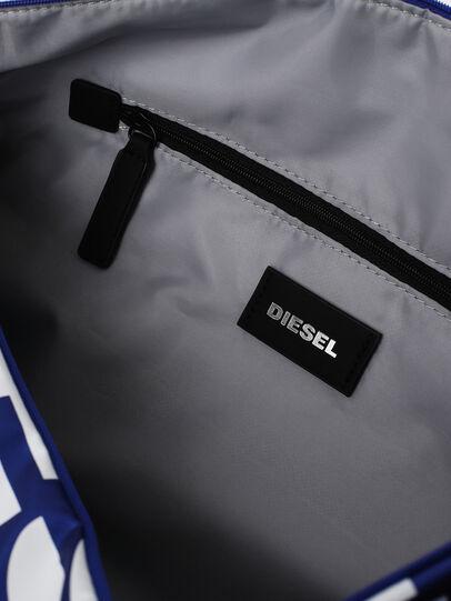 Diesel - BOLD DUFFLE, Negro/Azul - Bolsos - Image 4