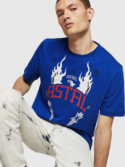 Diesel - T-JUST-A5, Azul Brillante - Camisetas - Image 4