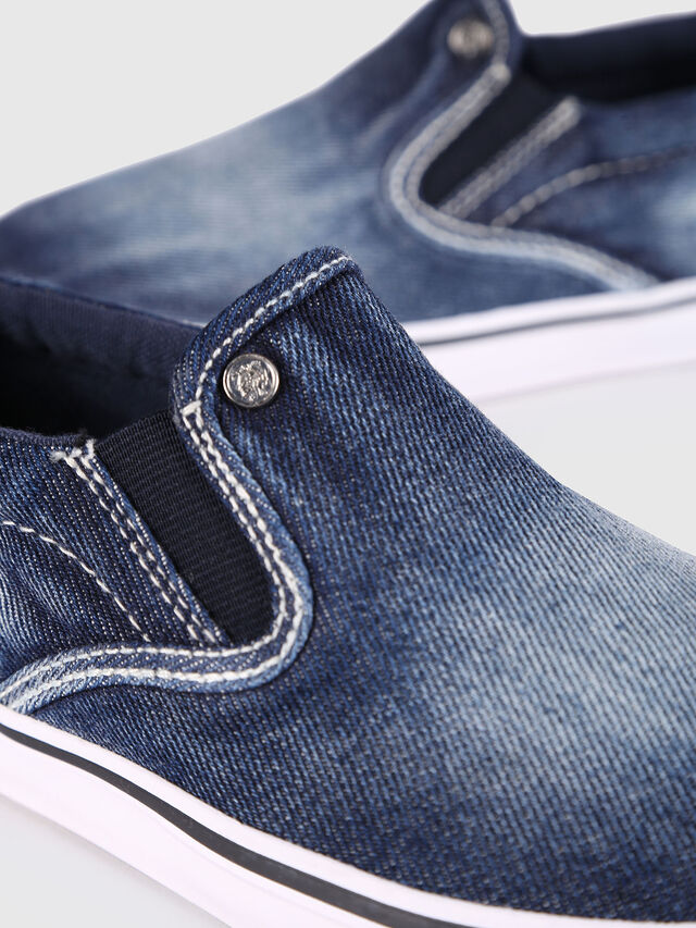Diesel - SLIP ON 21 DENIM YO, Blue Jeans - Calzado - Image 4