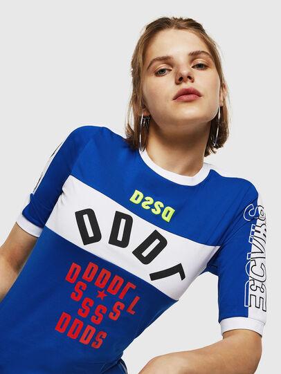 Diesel - T-HEIA-B, Azul Brillante - Camisetas - Image 3