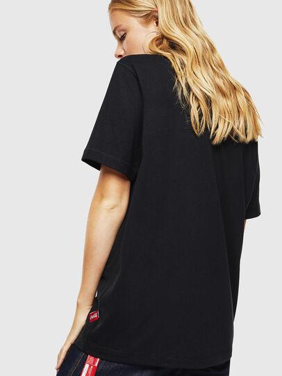 Diesel - CC-T-JUST-COLA, Negro - Camisetas - Image 4