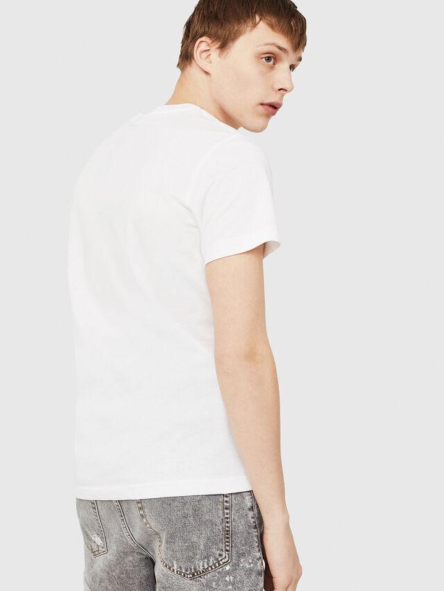 856901a1a9 T-DIEGO-C3. Camiseta de corte estándar entallado en blanco y negro