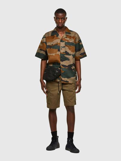 Diesel - P-APE, Verde Militar - Shorts - Image 5