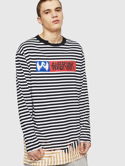 Diesel - T-OKSANA, Negro/Blanco - Camisetas - Image 1