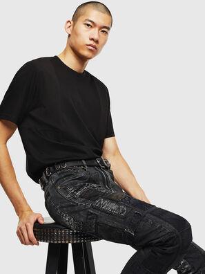 T-TOMI, Negro - Camisetas