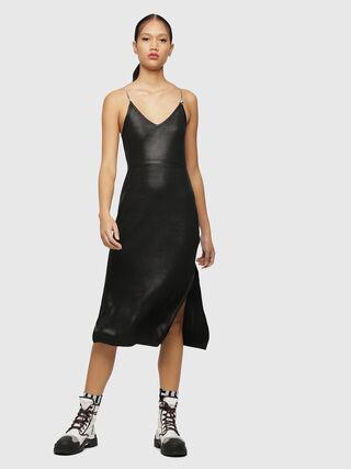 4b36ba3b42 ... Negro - Vestidos. Vestido de tirantes con acabado metalizado