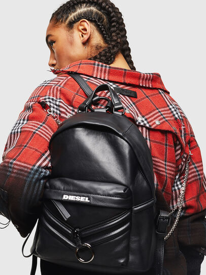 Diesel - LE-ZIPPER BACKPACK, Negro - Mochilas - Image 7