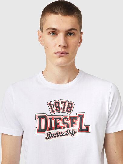 Diesel - T-DIEGOS-K26, Blanco/Rojo - Camisetas - Image 3