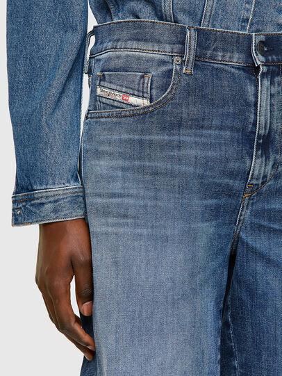 Diesel - D-STRUKT-SHORT, Azul medio - Shorts - Image 4