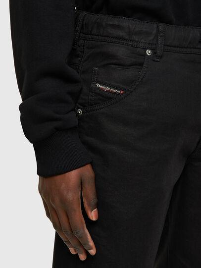 Diesel - D-KROOSHORT JOGGJEANS, Negro/Gris oscuro - Shorts - Image 3