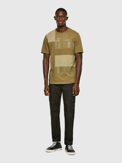 Diesel - T-ATCHWORK, Verde Militar - Camisetas - Image 5