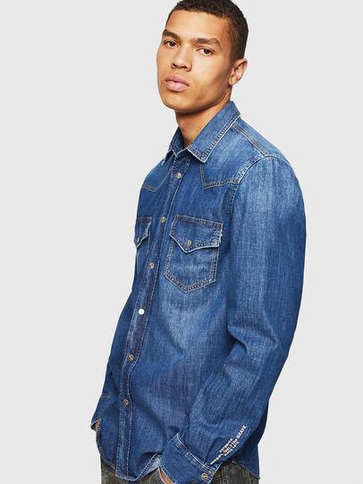 Diesel - D-EAST-P, Blue Jeans - Camisas de Denim - Image 4