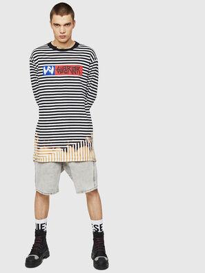 T-OKSANA, Negro/Blanco - Camisetas