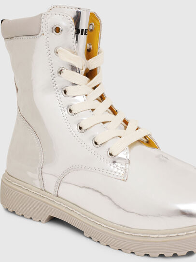 Diesel - HB LACE UP 04 CH, Plata - Calzado - Image 4