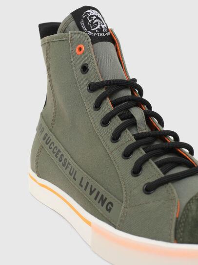 Diesel - S-DVELOWS ML, Verde Militar - Sneakers - Image 4