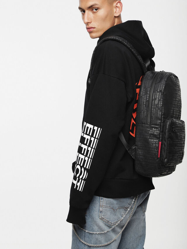Diesel F-DISCOVER BACK, Negro/ Rojo - Mochilas - Image 4