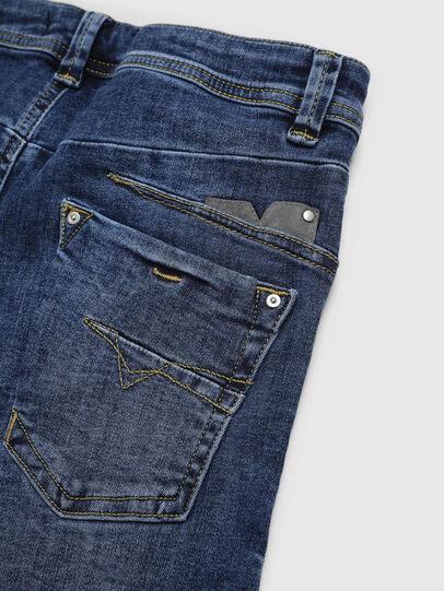 Diesel - DARRON-R-J SH-N, Azul medio - Shorts - Image 3