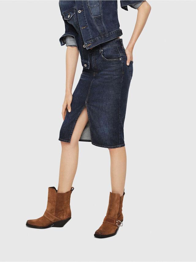 15d016965 DE-PENCIL Mujer: Falda de tubo en denim | Diesel