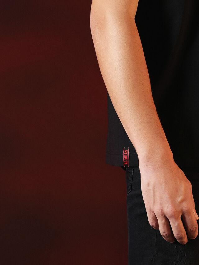 Diesel - DVL-TSHIRT-PRINT-SPECIAL COLLECTION, Negro - Camisetas - Image 8
