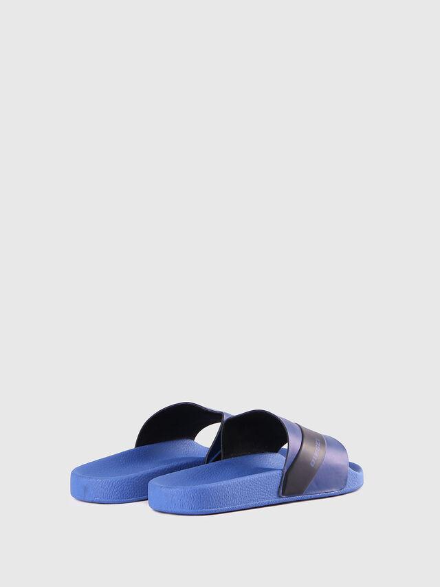 SA-MARAL, Azul
