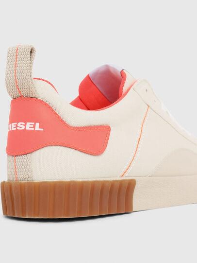 Diesel - S-BULLY LC W, Blanco/Rosa - Sneakers - Image 4