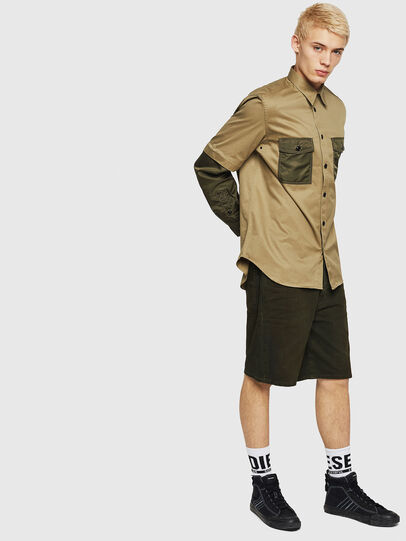 Diesel - D-WILLOH, Verde Oscuro - Shorts - Image 4
