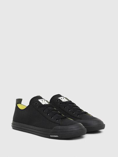 Diesel - S-ASTICO LOW CUT, Negro - Sneakers - Image 2