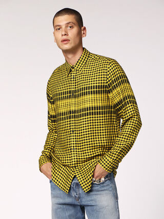 S-OPERA,  - Camisas