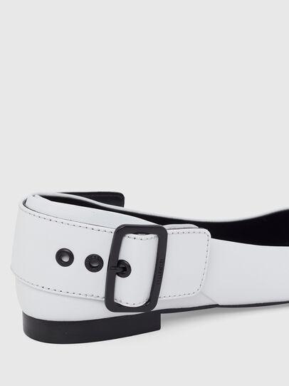 Diesel - D-MOMY BAT, Blanco - Zapatos bajos - Image 5