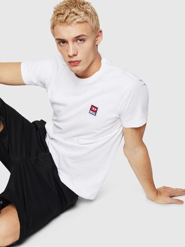 T-DIEGO-DIV,  - Camisetas