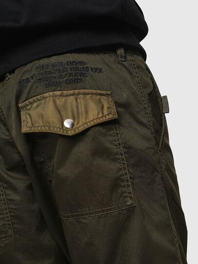 Diesel - P-CASHORT, Verde Militar - Pantalones - Image 5