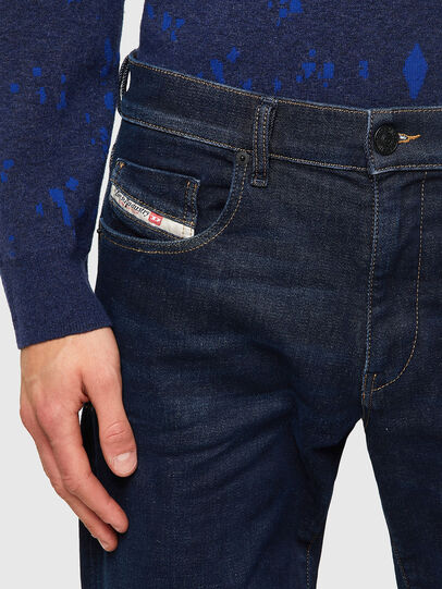 Diesel - D-Strukt JoggJeans® Z69VI, Azul Oscuro - Vaqueros - Image 4