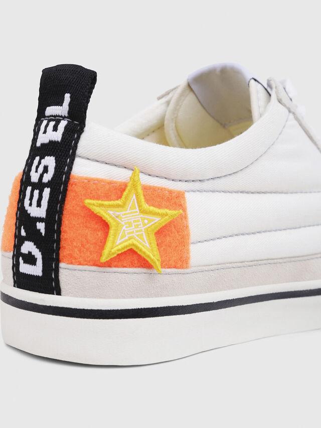 Diesel - D-VELOWS LOW PATCH, Blanco - Sneakers - Image 4