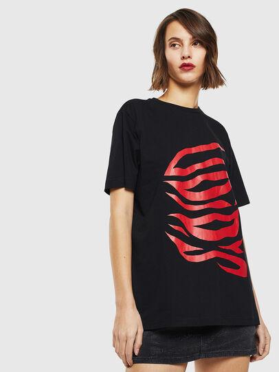 Diesel - T-JUST-J9, Negro/ Rojo - Camisetas - Image 2