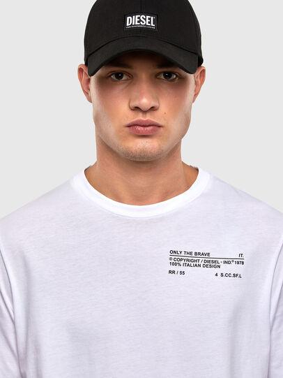 Diesel - T-JUST-LS-N62, Blanco - Camisetas - Image 4